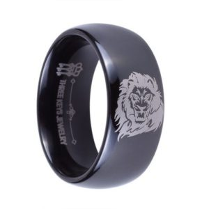 8mm men's wedding/engagement black ring with etched lion design