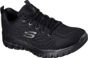 black trainers for women